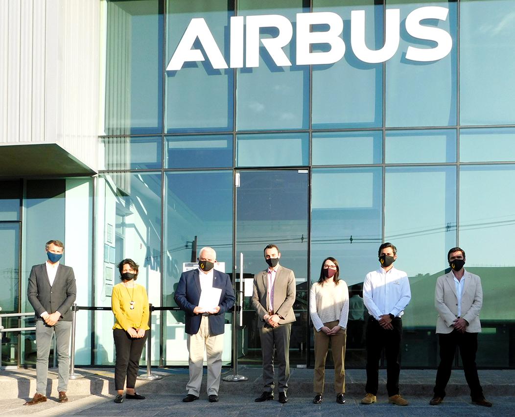 Convenio Airbus - Academia Golden Eagle