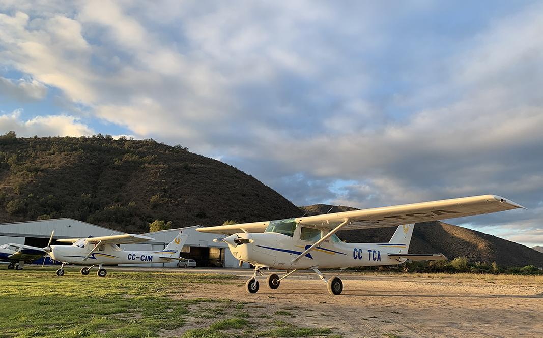 Aviones Biplaza - Aeródromo Melipilla