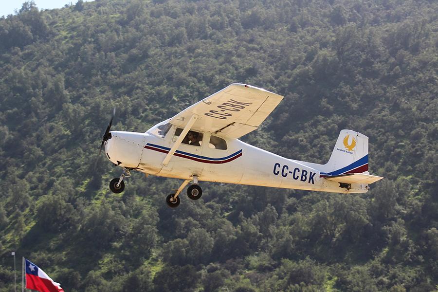 Biplaza - Cessna CC-CBK
